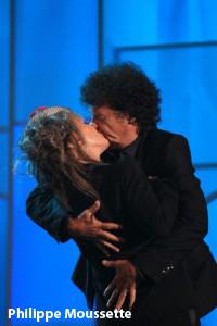 Robert Charlesbois a embrassé Diane Dufrène