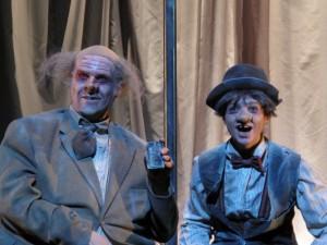 Le destin tragi comique de Tubby et Nottubby, est une pièce attachante, drôle et forte.