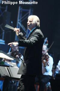 Stéphane Laforest dirige l'Orchestre symphonique de Québec