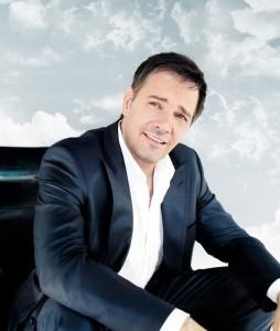 Mario Pelchat en Russie - Un succès phénoménal pour son coffret 30 ans de carrière!