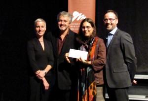 Geneviève Ruest, artiste visuelle membre du jury, Marcel Blouin, ex-président du CMCC, Marie-Claude De Souza, lauréate 2011 du Prix relève du CMCC, et Dominic Trudel, directeur général du CMCC.