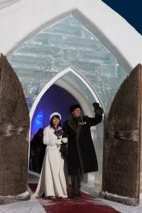Monsieur Chrystian Côté, et de sa femme, Madame Yoshimi Nakandakari.