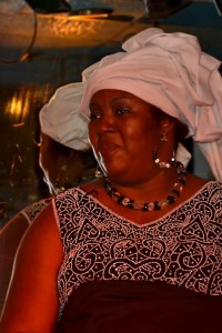 l'humoriste Gisèle Ndong Biyogo, le jeudi 8 mars prochain à 21 heures au Club Balattou.