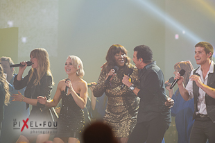 Les filles en performance avec Lionel Richie