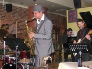 Giovany Arteaga et ses musiciens