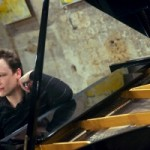 Le pianiste Romain Descharmes