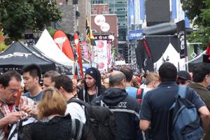 Les festivaliers sur la rue Crescent !