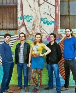Sierra Carrere et son groupe Sierra &The Nomads
