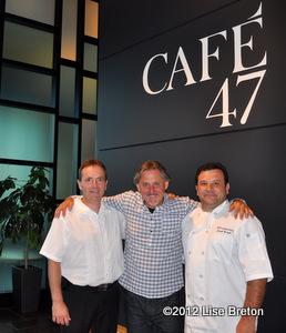 Harold Slater,Yvan Ouellet et le chef Joseph Sarrazin, les proprios!