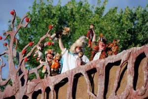 20 REPRÉSENTATIONS POUR LA ROULOTTE ! Peter Pan dans un parc