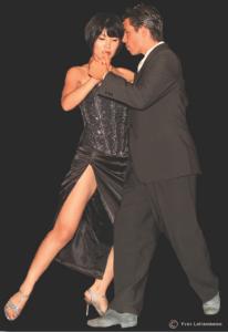 Rene Torres & Junko Mori (Finalistes championnat tango salon Buenos Aires 2011)