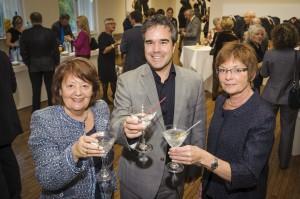 Nicole Gosselin Daoust, présidente du conseil d'administration de la Fondation du Musée des beaux-arts du Canada, Me Claude Villeneuve, associé chez Heenan Blaikie et président d'honneur de l'événement, Cécile Gélinas, directrice du Musée.
