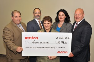 Metro remet 180 798$ à Nourrir un enfant