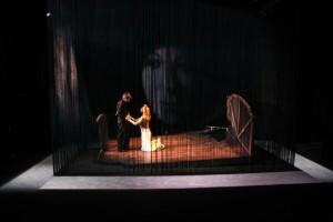 Valmont (Juliette Plumecocq-Mech) et Merteuil (Marie-Armelle Deguy) (photo : courtoisie)