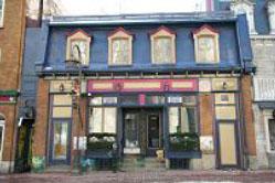 Au Bar le Sacrilège: John Craigie and Leigh Jones