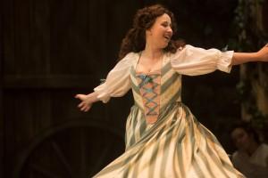 Marianne Fiset dans le rôle-titre de l'opéra Manon Photo:  Yves Renaud