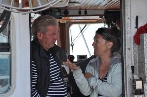 Yves Jean, capitaine et biologiste en compagnie de Louise Allard