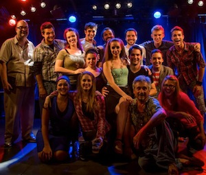 La troupe de RENT du théâtre Dézen'chanté