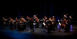 Daniel Myssyk dirige la dernière symphonie de Mozart