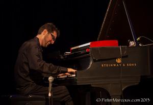 le pianiste John Roney