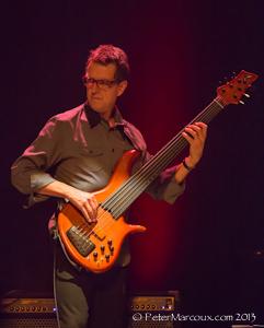 le bassiste Alain Caron