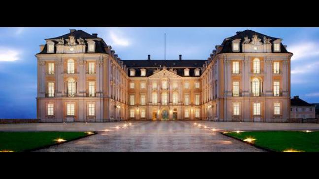 PLACE À L'OPÉRA - Le château d'Augustusburg en Allemagne