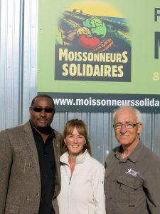 n Québec, Élaine Côté et le directeur général de Défi Jeunesse Québec, Ronald Lussier.