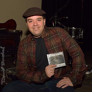 Sylvain Dominic et le lancement de son album entre l'eau et le vent