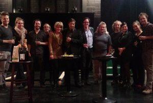 Une portion de l'équipe de création de Robert Lepage et de Diffusion culturelle culturelle de Lévis après la soirée.