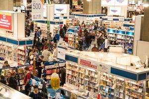 Le Salon du livre de Montréal accueille plus de 120 000 visiteurs chaque année
