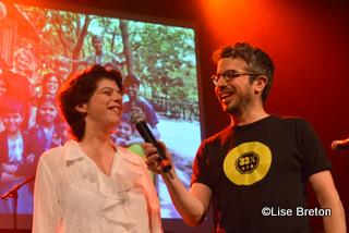 Gabrielle et l'animateur pour la soirée Matthieu Dugal