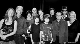 Quelques artistes présents au lancement du centre d'art La Chapelle avec Jacques Anger, le directeur de La Chapelle