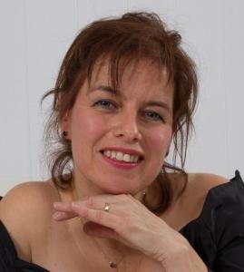 Carole CYR