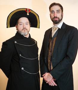 Simon Côté (Javert) et Dave Handelman (Valjean)