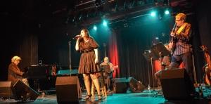 Catalina Mirica et ses musiciens