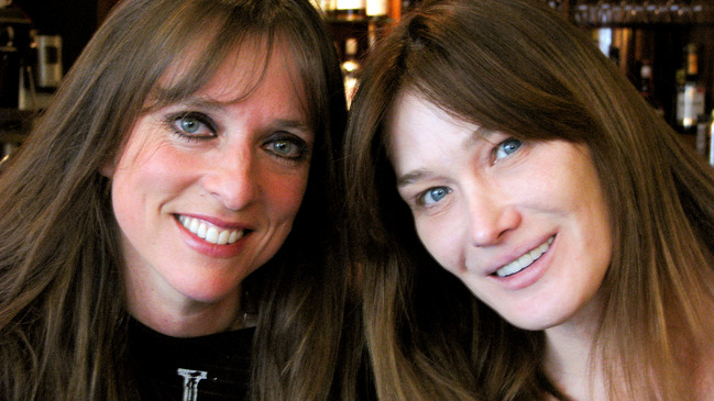 Lynda Lemay et Carla Bruni - L'autre midi à la table d'à côté