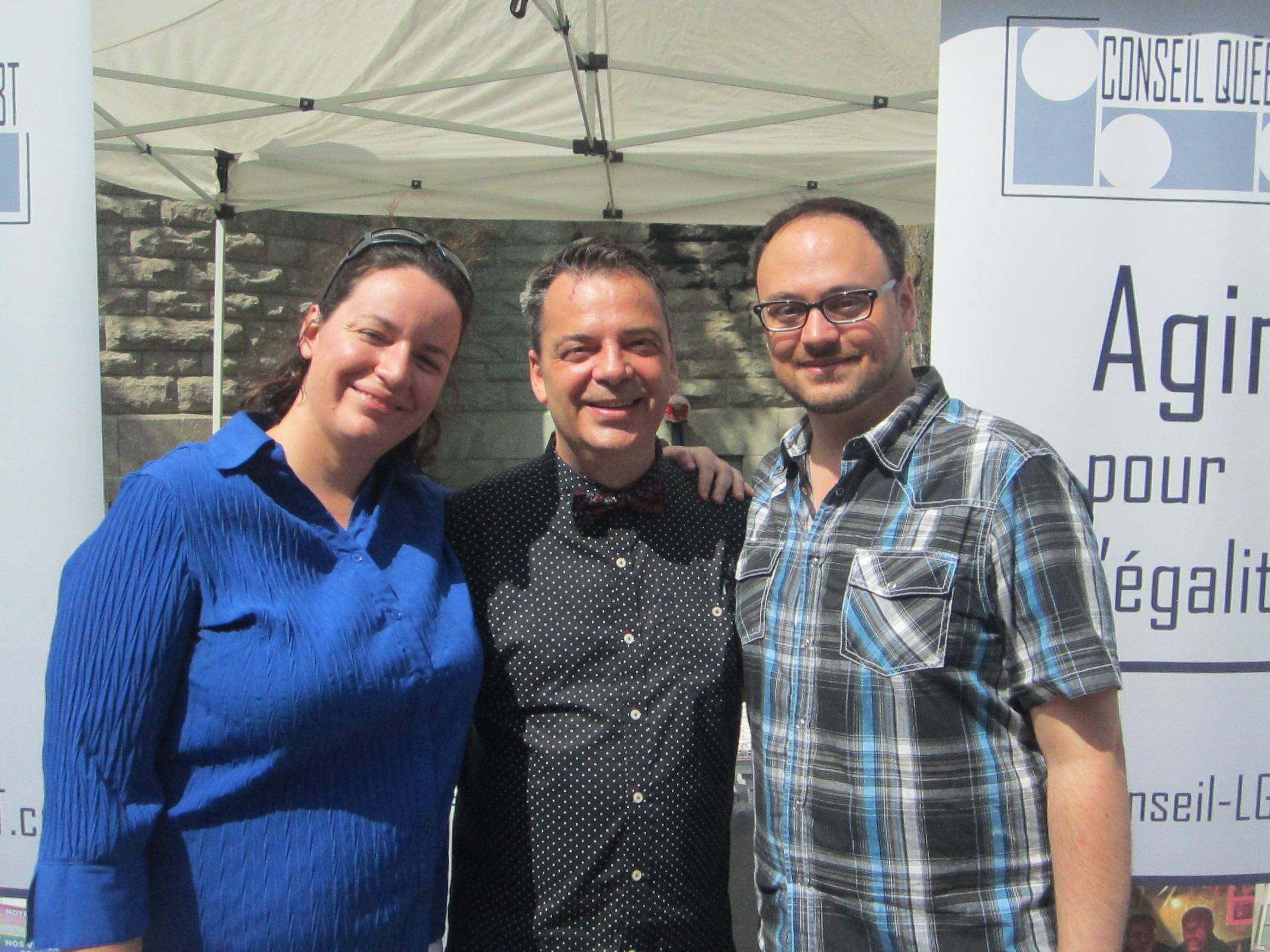 conseil québécois LGBT, avec au centre leur directeur général Steve Foster
