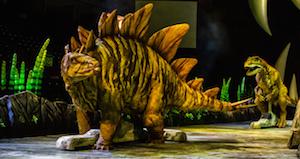 Stegosaure et Allosaure