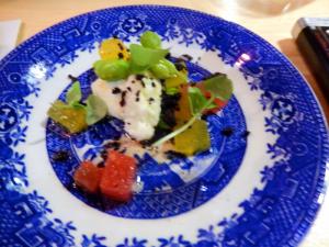 Melon d'eau, fromage frais, olives séchées