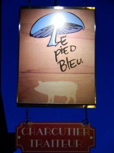 Le Pied Bleu sur la rue St-Vallier