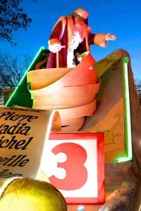 le Père Noël lors de la Parade des jouets 2013