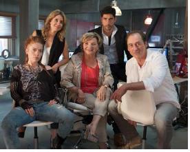 Catherine Bérubé, Julie Perreault, France Castel, Perre-Yves Cardinal, Luc Picard © photo TVA