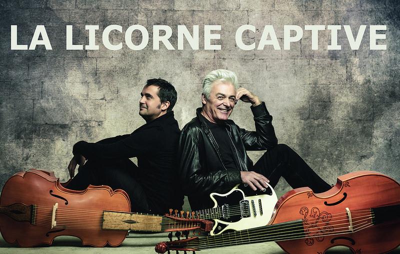 """Daniel Lavoie chante """"La licorne captive"""" en concert"""