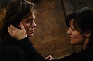 Tara Bissett (Diana) et Kevin Raymond (Gabe)