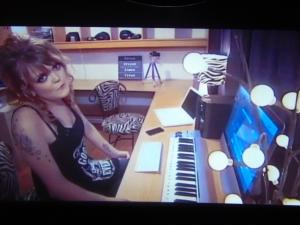 Sara-Émilie Chabot, sur écran géant