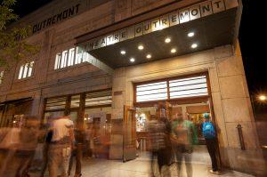 Le théâtre Outremont le soir