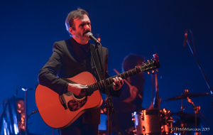 Pierre Flynn à la guitare