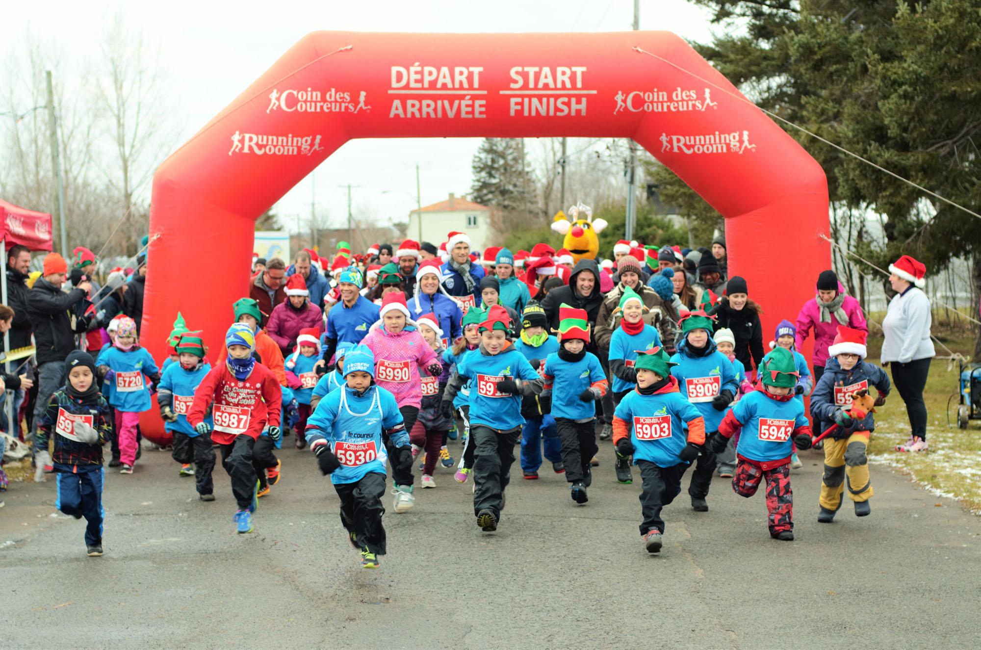 La Course du Père Noël et la Course à six pattes de l'Armée du Salut Crédit photo ©  courtoisie David Béliveau-Viel