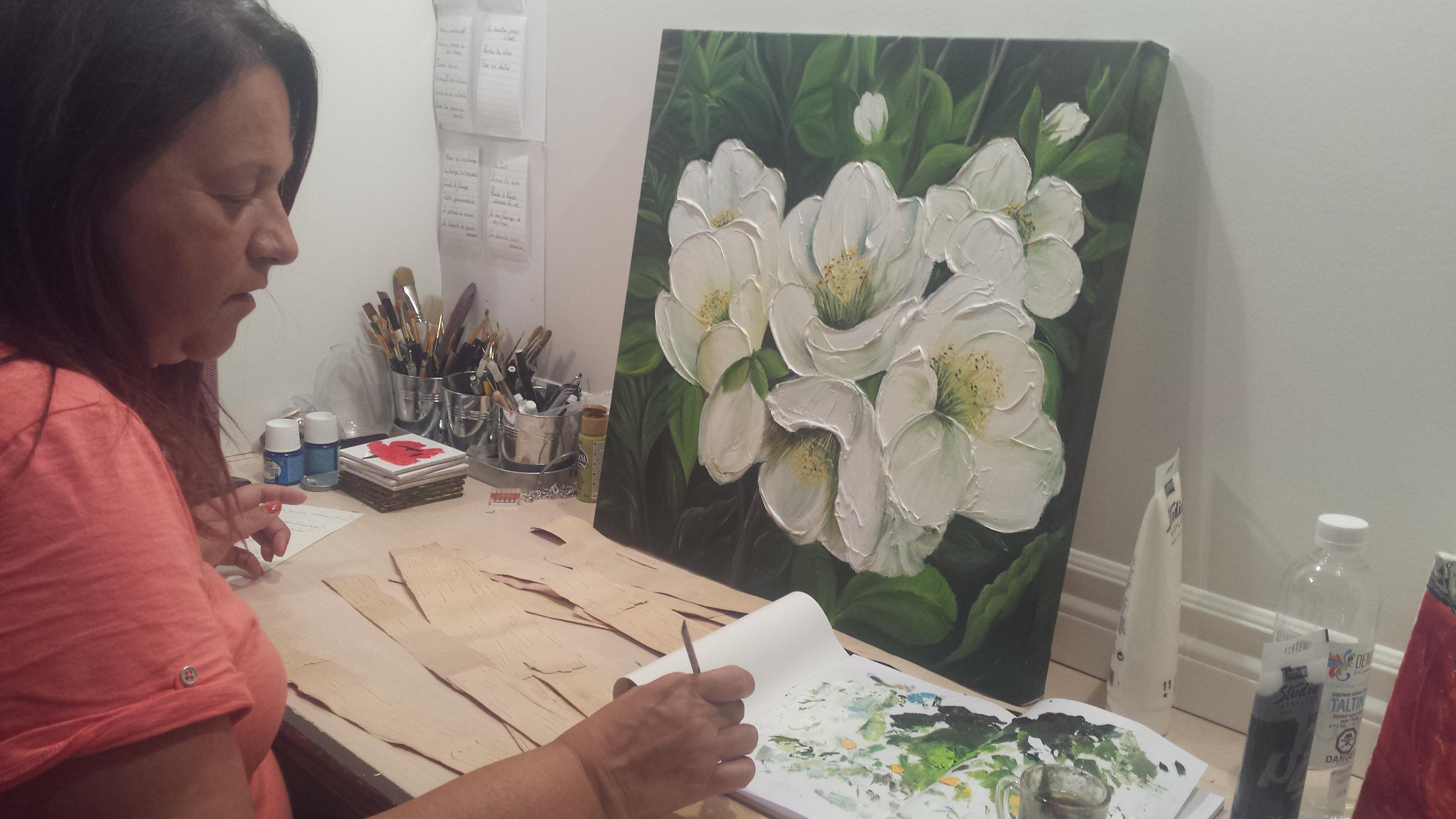 Anne Dallaire dans son atelier