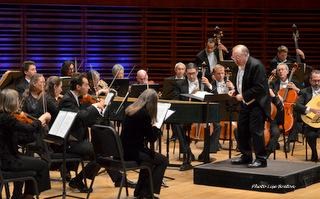 Le Philharmonia Baroque Orchestra dirigé par Nicolas McGegan